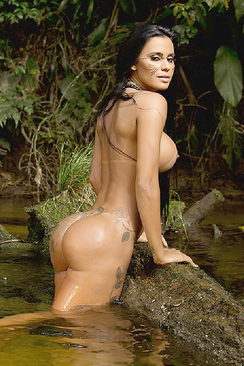 Lorena-Bueri-Tanlines-And-Face-Paint-For-Sexy-Brazil-20